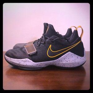 Nike PG 1 Black University Gold US 6.5 Y